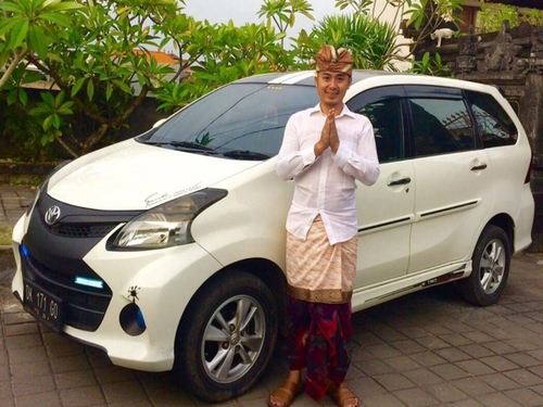 Bali Car and Driver